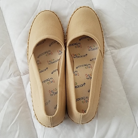 Bees by Beacon Shoes | Canvas Sz 7